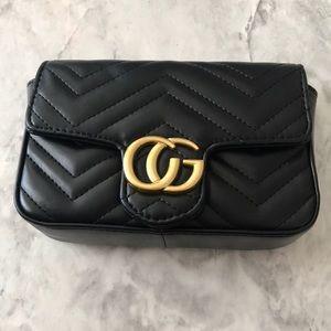 Handbags - Shoulder Bag